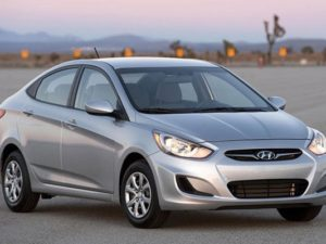 HYUNDAI Accent  5 places